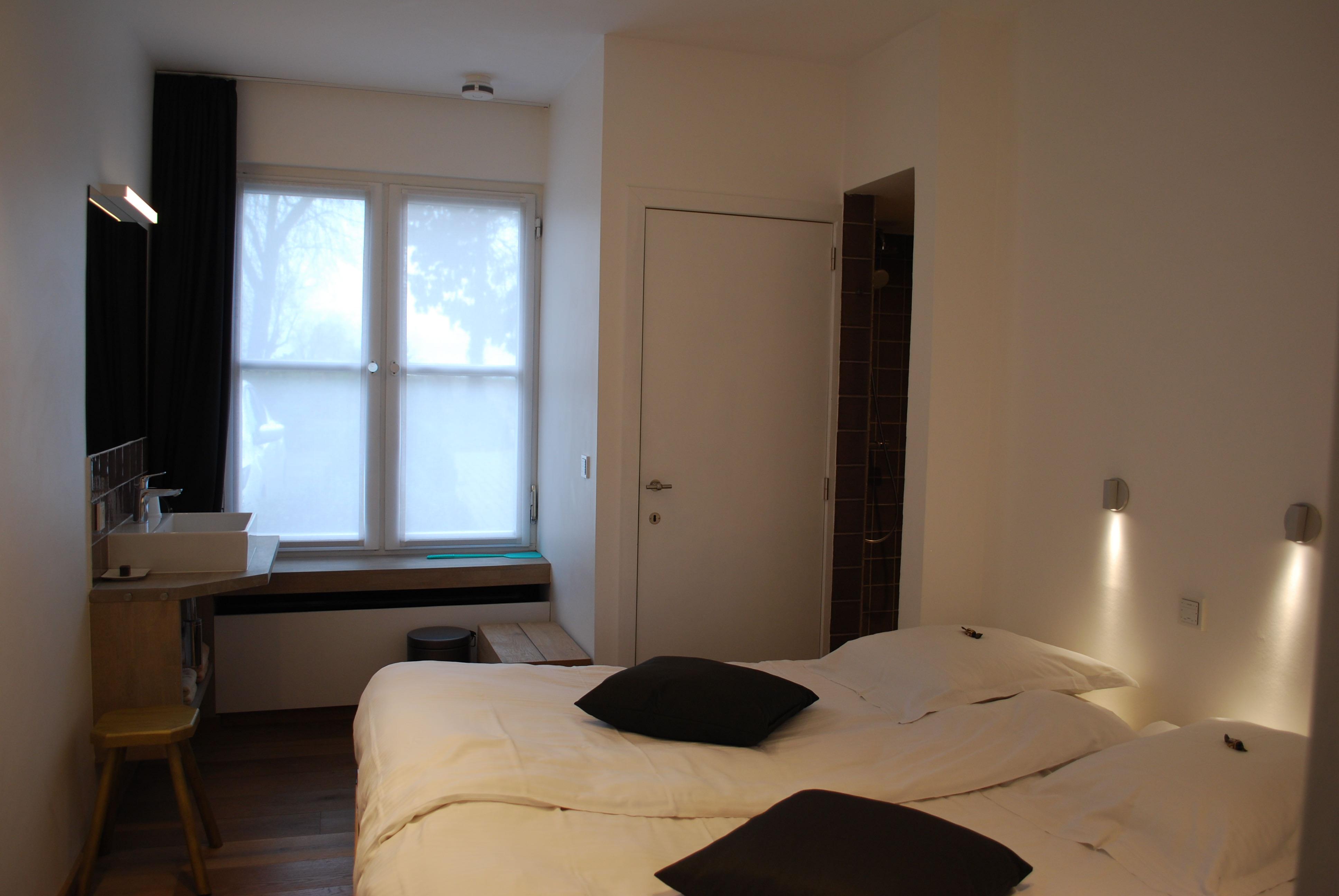 douce-vie-Guesthouse-2-van-30